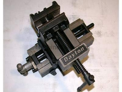 "NEW 3"" DAYTON DRILL PRESS VISE WITH CROSS TRAVEL, MODEL 4YG28 NEW, IN"