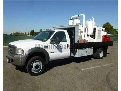 2005 FORD F550 3038