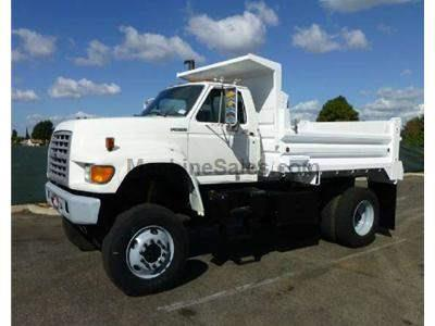 1998 FORD F800 3069