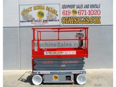 Scissorlift, Electric, 32 Foot Working Height, 46 Wide, Deck Extension, Power to Platform, Low Hours
