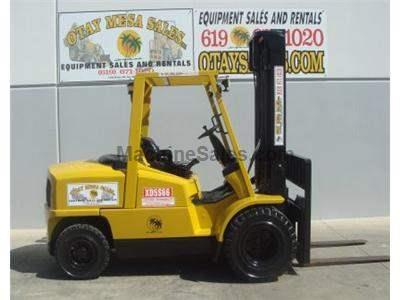 10000LB Forklift, Pneumatic Tires, Side Shift, Diesel, Automatic Transmission