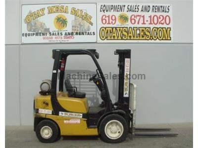 5000LB Forklift, Pneumatic Tires, 3 Stage, Side Shift, Propane, Automatic Transmission, Low Hours