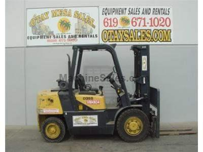 8000LB Forklift, Pneumatic Tires, 3 Stage, Side Shift, Diesel, Automatic