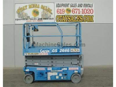 Scissor Lift, 32 Foot Working Height, 26 Foot Platform Height, Deck Extension, Low Hours