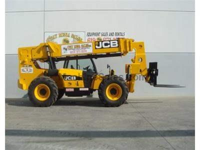 10000LB Telehandler Reach Truck, 56 Foot Reach Height, Body Tilt, 4 Wheel Drive, Auxiliary Hydraulics.