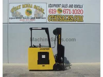 4000LB Electric Forklift, 3 Stage, Side Shift, Warrantied Battery, Includes Commercial Charger