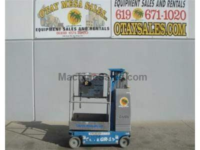 Single Man Lift, 15 Foot Platform, 21 Foot Working Height, Self Propelled, Power to Platform, 24v