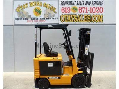 5000LB Forklift, 2 Stage, Side Shift, Warrantied Battery, Includes Charger