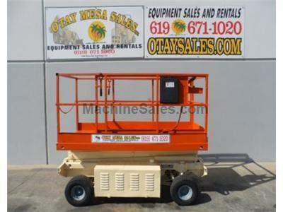 Rough Terrain Scissor Lift, 20 Foot Platform Height, 26 Foot Working Height, 900LB Capacity