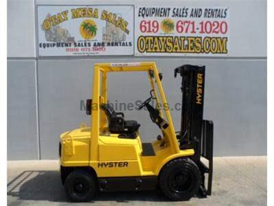4000LB Forklift, Pneuamtic Tires, 3 Stage, Side Shift, Diesel, Automatic