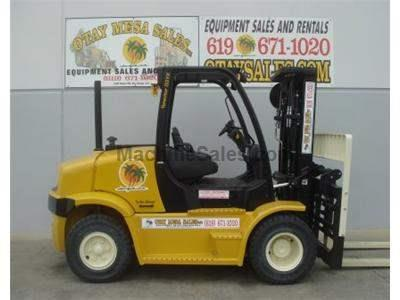 15500LB Forklift, Cummins Diesel, 3 Stage, Fork Positioner, Side Shift, 8 Foot Forks