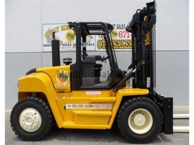21000LB Forklift, Pneumatic Tires, Diesel, 8 Foot Forks, Side Shift, Fork Positioner