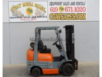 5000LB Forklift, 3 Stage, Side Shift, Cushion Tires, Propane, Automatic