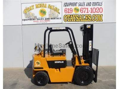 5000LB Forklift, Pneumatic Tires, Propane Power, Automatic Transmission