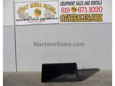 61 Inch Smooth Skid Steer Bucket, Universal Fit