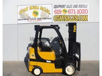 6000LB Forklift, 3 Stage, Side Shift, Cushion Tire, Propane, Automatic