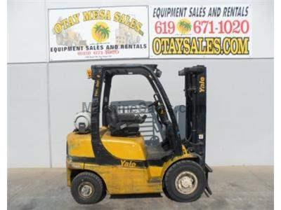 5000LB Forklift, 3 Stage, Propane, Automatic Transmission