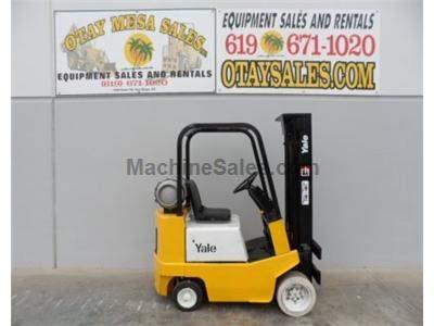 4000LB Forklift, 3 Stage, Side Shift, Propane, Automatic Transmission
