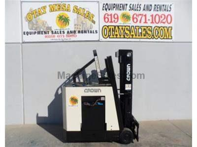 4000LB Forklift, Electric, Counter Balanced, 3 Stage, Retractable Roof, 36 Volt