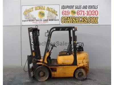 5000LB Forklift, 3 Stage, Side Shift, Propane, Automatic Transmission