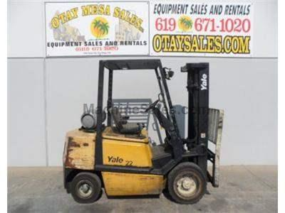 6000LB Forklift, Pneumatic Tires, 3 Stage, Side Shift, Propane, Automatic Transmission