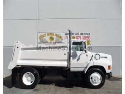 Ford 9000, 5 Yard Dump Truck, Cat Diesel Engine, 7 Speed Manual Transmission