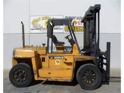 25000LB Forklift, Pneumatic Tires, Diesel Power, Fork Positioning Side Shift