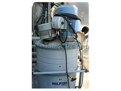 Nilfisk Advance GB 033 5500 watt Dust Collector