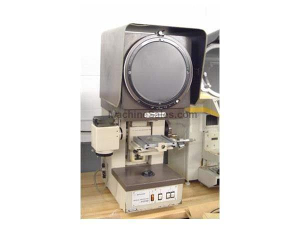 "10"" Screen Mitutoyo PJ-250 OPTICAL COMPARATOR"