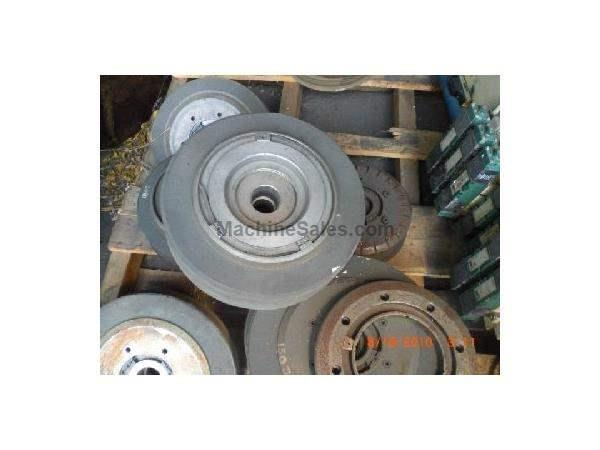 WHEEL MOUNTS FOR REISHAUER GEAR GRINDING MACHINES.