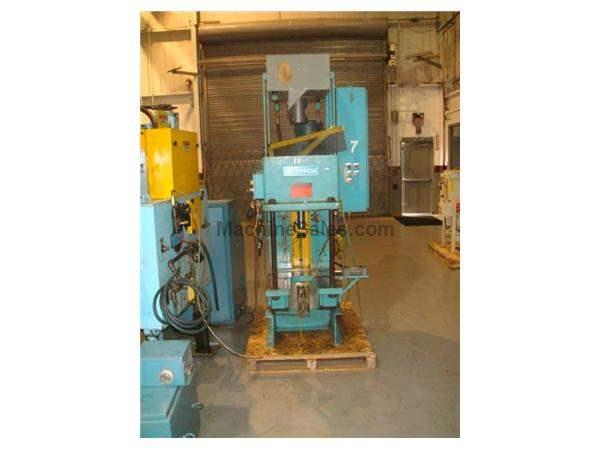 "12 Ton, MULTIPRESS W4T12-12L, 12""Str, 18""DLO, 23"" x 22""BA, 10-1/2"" THROAT, 1991"