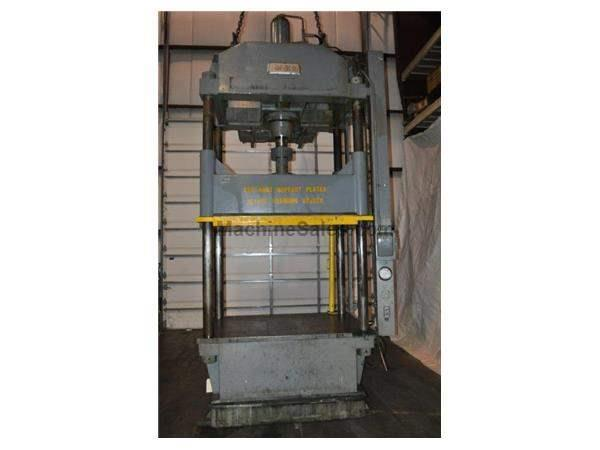 Dake 150 Ton Hydraulic Four Post Press