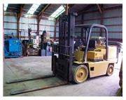15,000 lbs Caterpillar Forklift, Model T150