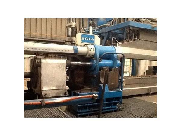 "2200 Ton, GIA EXTRUSION, PRESS 8"" BILLET DIAMETER National Machinery Exc"