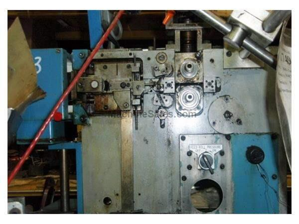 BHS-TORIN 810 CNC, SPRING COILER, 4 AXIS MACHINE WITH TORSION AXIS