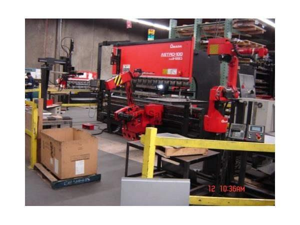 138 TON, AMADA,ASTRO 100 MH AUTOMATED BENDING ROBOT,FBDIII1253M,2000