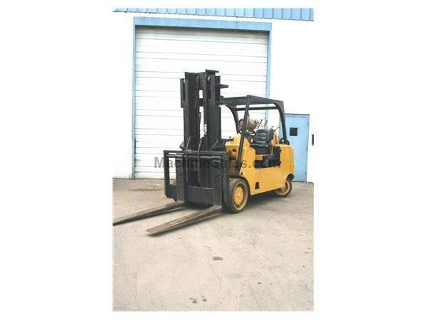 30,000 LBS CATERPILLAR/ROYAL FORKLIFT:  LOT #16827