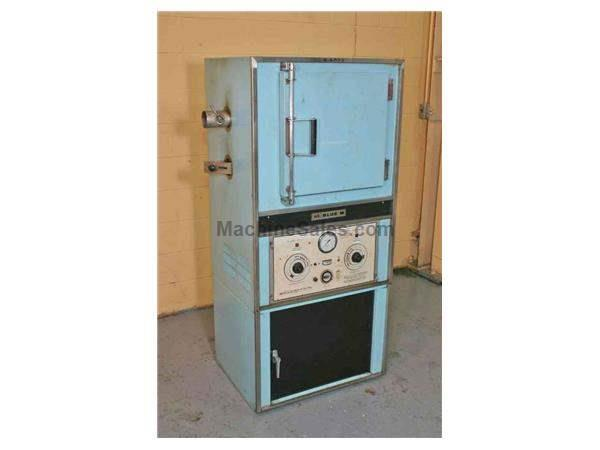 650 DEGREES BLUE M ELECTRIC OVEN: STOCK #19745