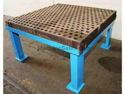 5' Length 5' Width Unknown WELDING TABLE