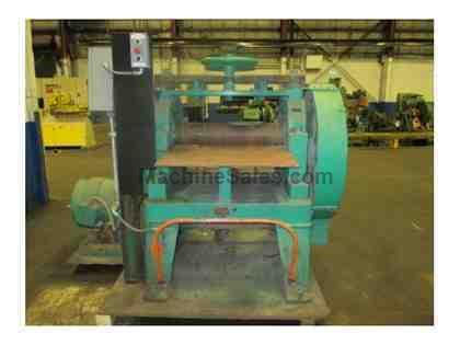 WATERBURY FIVE ROLL PLATE LEVELER