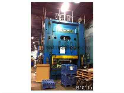 700 TON USI CLEARING HYDRAULIC PRESS Model HO-700-96-60