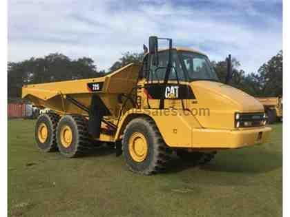 2012 CATERPILLAR 725 BACK DUMP