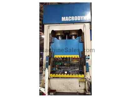 400 TON MACRODYNE HYDRAULIC PRESS