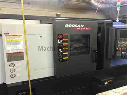 Doosan Lynx 220LSY Universal Turning Center with Y Axis