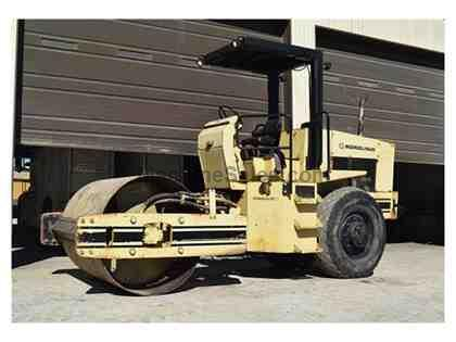 1989 INGERSOLL RAND SD70D COMPACTOR