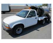 2003 Chevrolet S10 Masco Sweepers 1600 Parking Lot Sweeper Truck