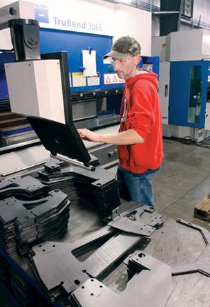 Cnc Press Brake Vs Hydraulic Press Brake Operators