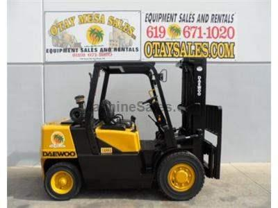 8000LB Forklift, Diesel Power, 3 Stage, Side Shift, Solid Pneumatic Tires, Low Hours