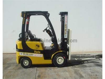 4000LB Forklift, OSHA Compliant, Tier 3, 3 Stage, Side Shift, Solid Pneumatic Tires