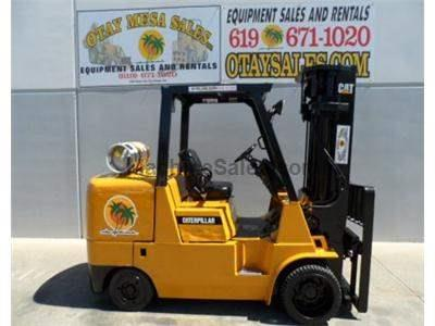 12000LB Forklift, 3 Stage, Side Shift, Propane, Cushion Tire, Automatic Transmission